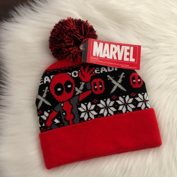 8ead62db74e40 NWT Marvel Deadpool Pom Fairisle Beanie